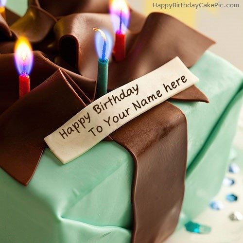 write name on Birthday Gift Cake