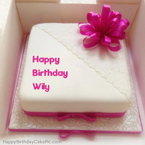 write name on Pink Happy Birthday Cake